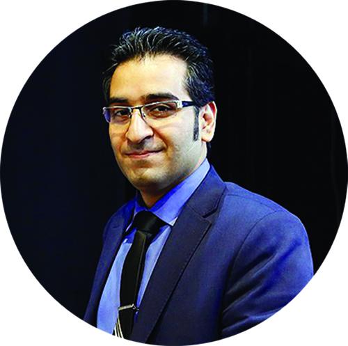 محسن حسنی